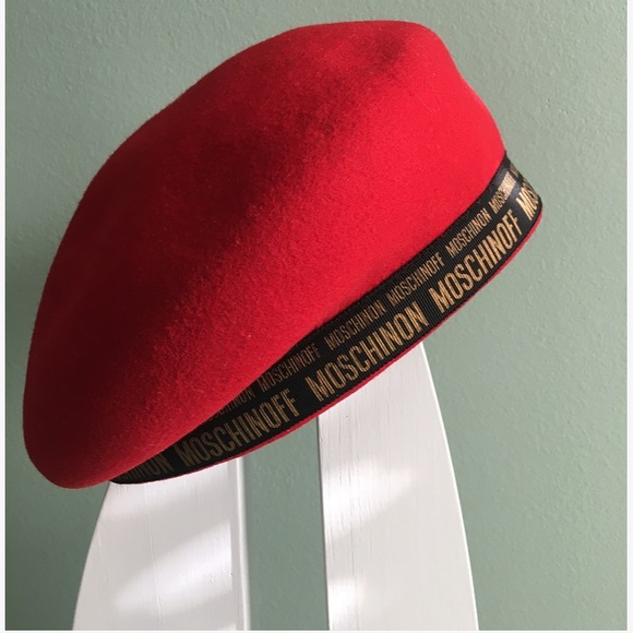 MOSCHINO unique red wool beret hat small Japan. M 5b4d269b035cf15e4253028d d9a7e55ee2ce